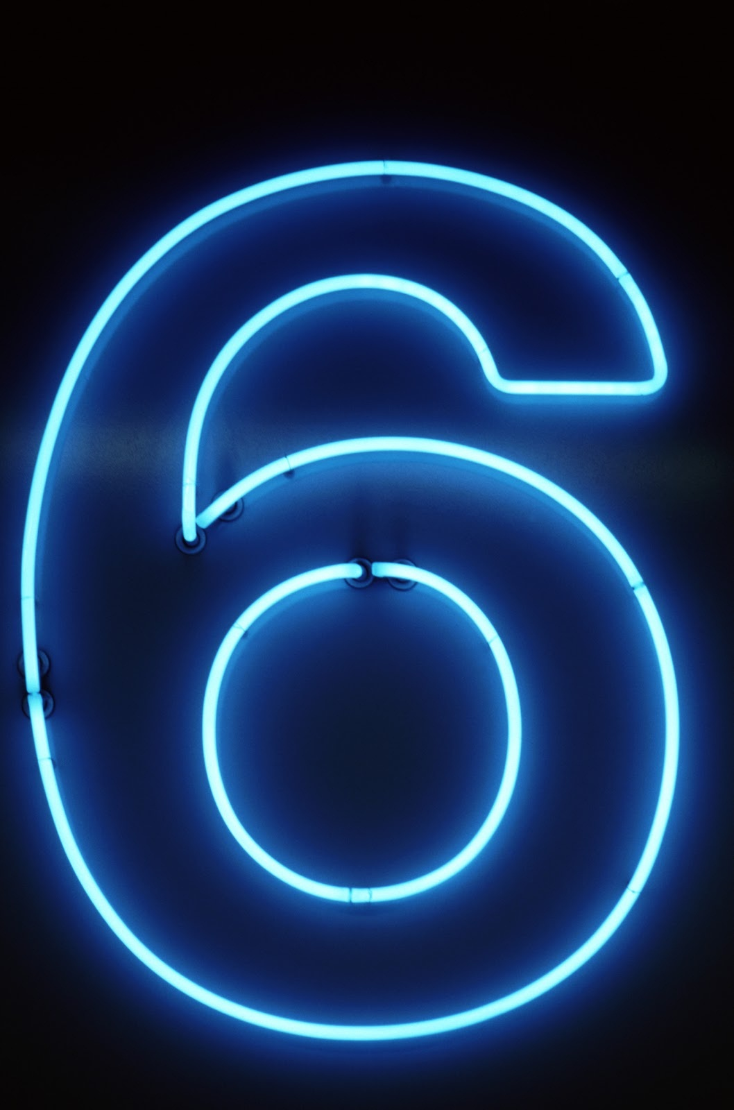 picture-of-the-number-6-neon